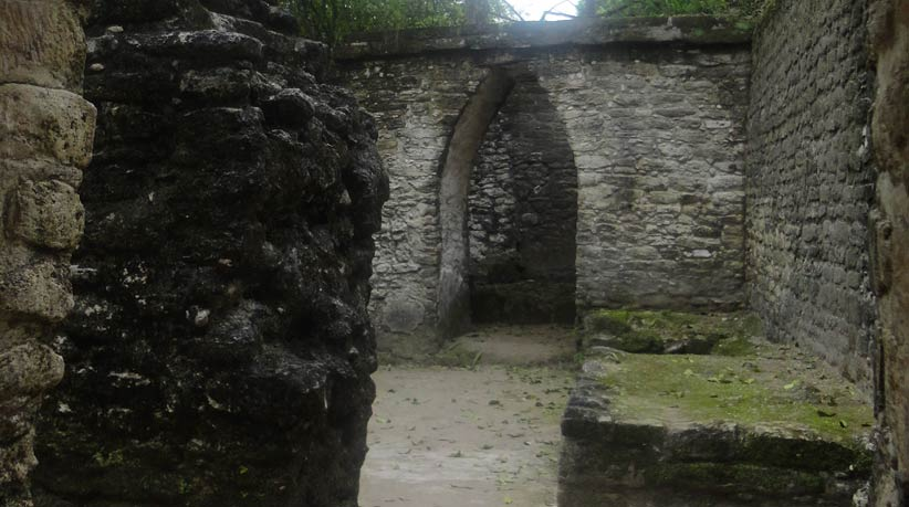 ancient archaeological site in belize