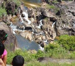 toursit at mountain pine ridge